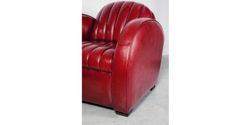 Corvette, fauteuil club, cuir rouge, accoudoir