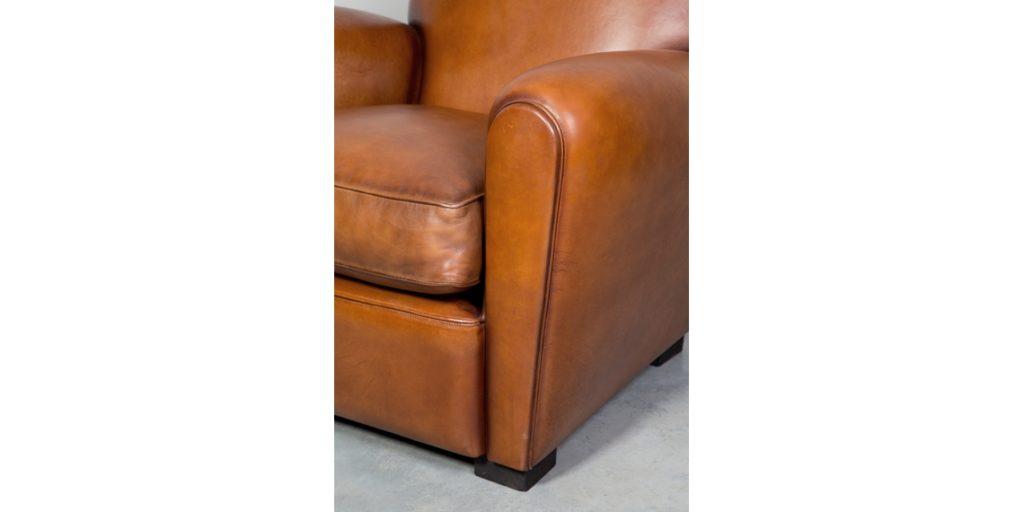 Epicure, fauteuil, cuir havane, accoudoir
