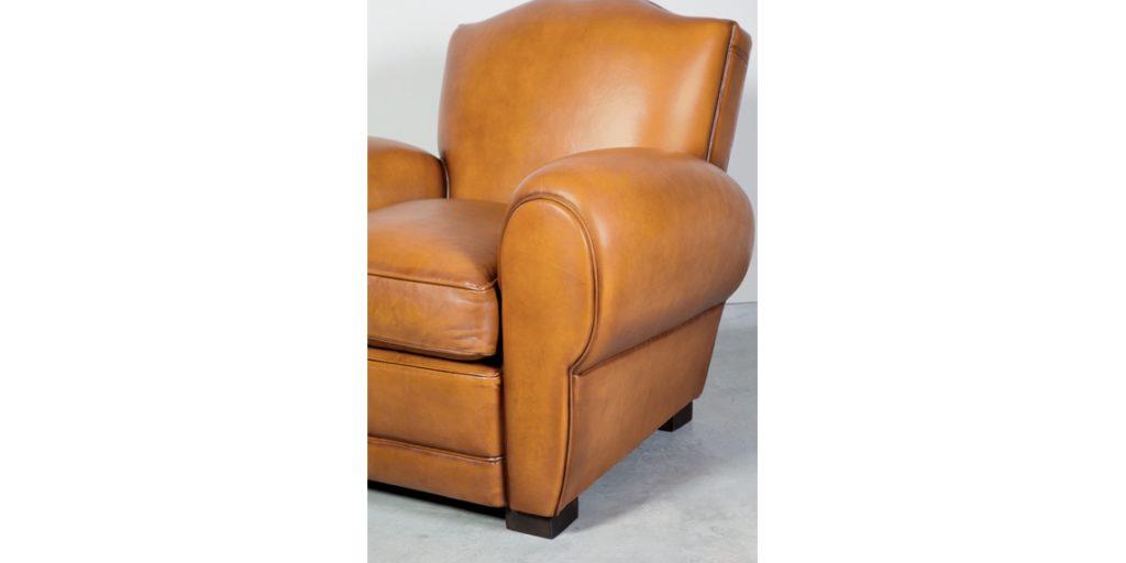 Grand Moustache, fauteuil, cuir miel, accoudoir